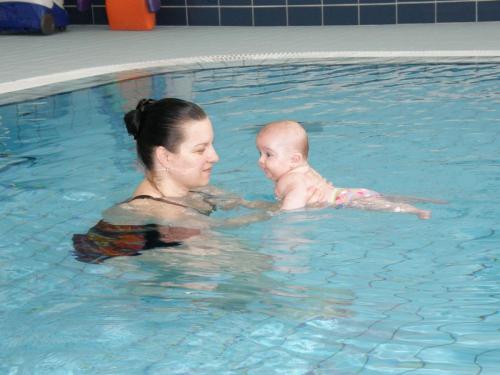 Tánička - plávanie
